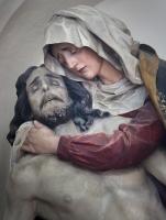 15 Karin Mayerhoffer - Maria hält den toten Jesus im Arm